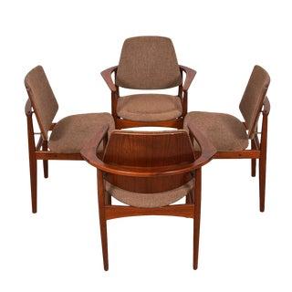 Set of 4 Danish Modern Chairs in Teak by Arne Hovmand-Olsen For Sale