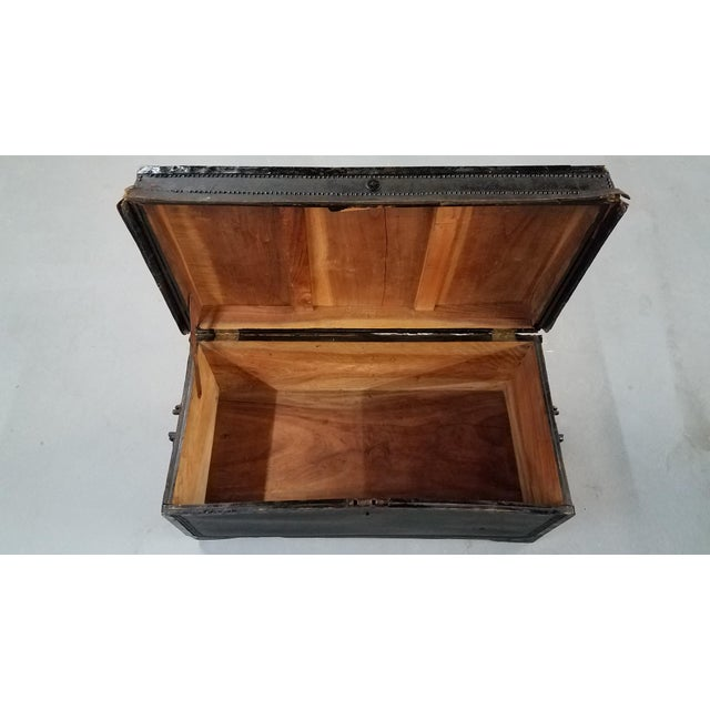 19th Century Nautical Royal Navy Officer's Campaign Chest For Sale - Image 4 of 13