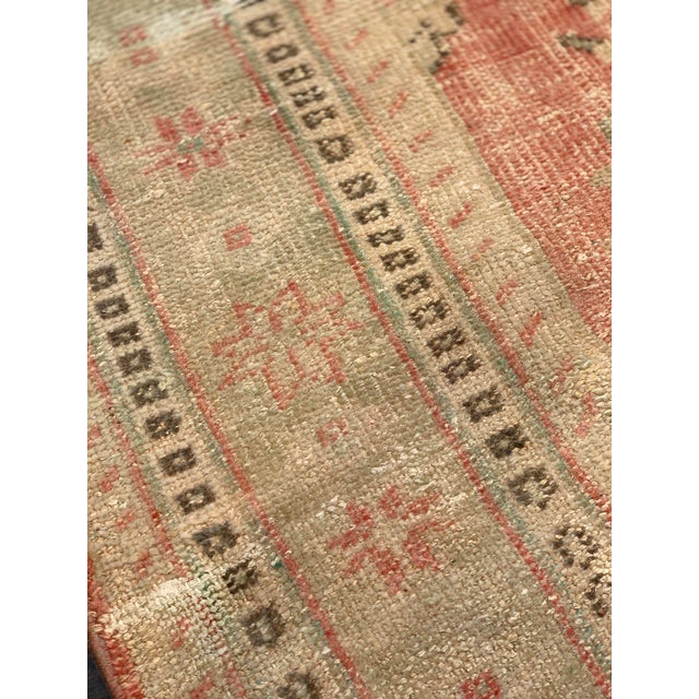 1920s Antique Distressed Turkish Oushak Area Rug - 6′6″ × 9′4″ For Sale In Atlanta - Image 6 of 13
