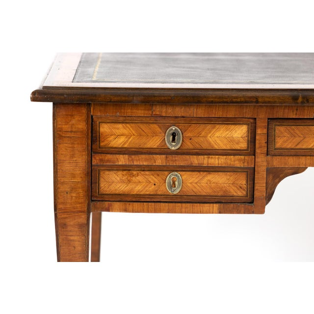 Brown 1870s French Tulipwood and Kingwood Bureau Plat With Embossed Black Leather Top For Sale - Image 8 of 13