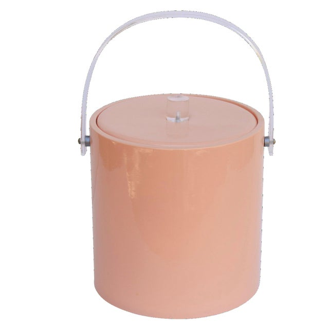 Mid Century Ice Bucket in Blush with Lucite Handle For Sale