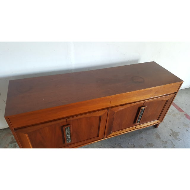 1960s Mid Century Modern John Keal for Brown Saltman Walnut Credenza For Sale - Image 12 of 13