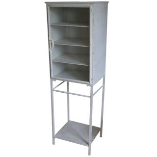 Midcentury Medical Apothecary Cabinet of Painted White Steel With Glass Door For Sale
