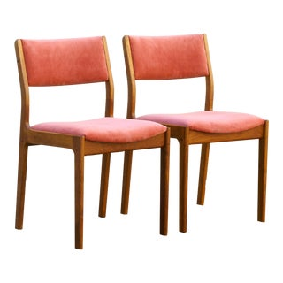 Pair of Danish Modern Teak Dining or Guest Chairs, Refinished For Sale
