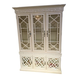 1980s Chippendale White Painted Wooden Breakfront For Sale