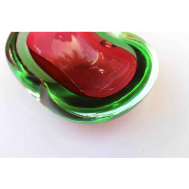 Glass Murano Glass Red and Green Sommerso Ashtray & Bowl, 1960's For Sale - Image 7 of 13