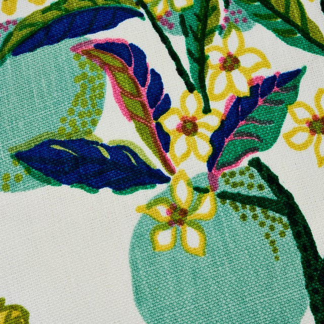 Schumacher Citrus Garden Pillow in Lime For Sale In New York - Image 6 of 8