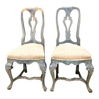 Pair of Swedish 18th Century Rococo Painted Side Chairs, circa 1760-1770 For Sale
