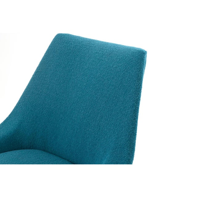 Mid-Century Modern Pair of Sculptural Upholstered Lounge Chairs For Sale - Image 3 of 6