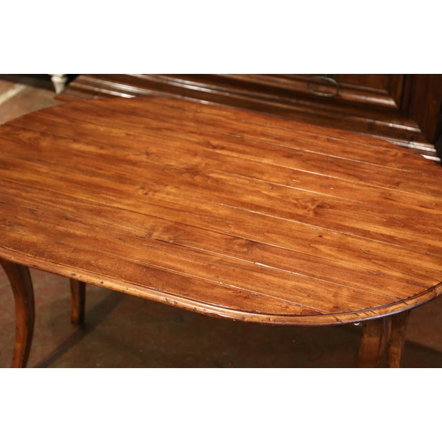 Late 20th Century Vintage French Louis XV Carved Walnut Drop Leaf Oval Console Table For Sale - Image 5 of 11