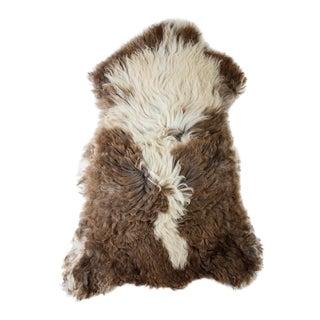 """Contemporary Natural Sheepskin Pelt - 2'5""""x3'5"""" For Sale"""