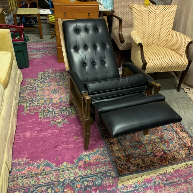 Wood 1970s Italian Provincial Burris Black Naugahyde and Caned Arm Recliner For Sale - Image 7 of 12