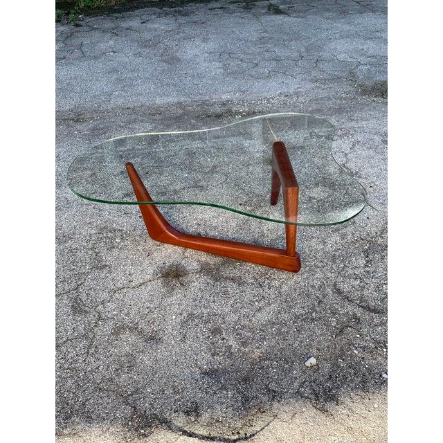 T.H. Robsjohn Gibbings Biomorphic Mid Century Modern Coffee Table For Sale - Image 4 of 9