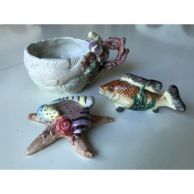 Fitz and Floyd Sea Life Salt & Pepper Shakers and Bowl - Set of 3 For Sale - Image 11 of 11