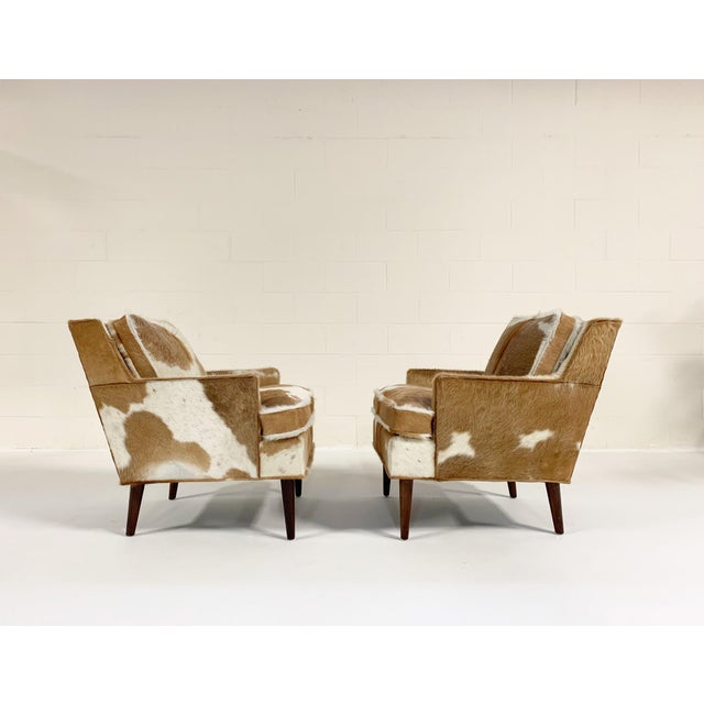 1960s Flair Inc. Lounge Chairs Restored in Brazilian Cowhide - Pair For Sale - Image 5 of 10