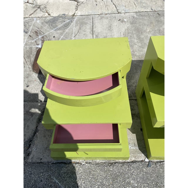 Art Deco Artdeco Style Side Tables Ore Nightstands in Apple Green Color a Pair. For Sale - Image 3 of 6