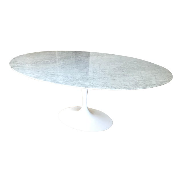 Saarinen Style Oval Marble Tulip Dining Table For Sale
