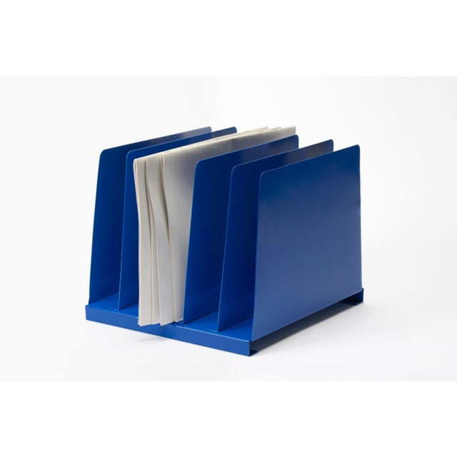 Excellent retro desktop file organizer from the 1970s. Vintage steel refinished in a gloss blue powder coat. 5 slots,...