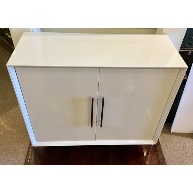 Asian Contemporary White Lacquer Mitchell Gold Ming Storage Chest For Sale - Image 3 of 8