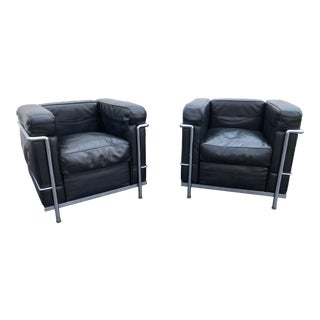 Le Corbusier Lc2 Black Leather and Chrome Chairs- a Pair For Sale