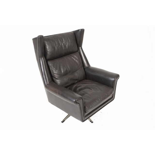 Danish Modern Black Leather Swivel Lounger - Image 3 of 11