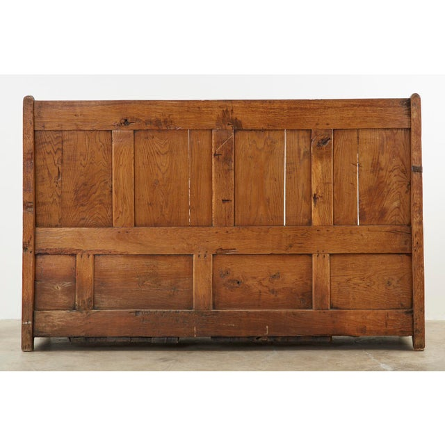 19th Century English Georgian Oak Box Settle Bench For Sale - Image 12 of 13