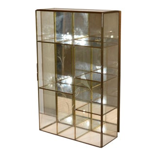 1970s Vintage Brass & Etched Glass Mirrored Back Display Case For Sale