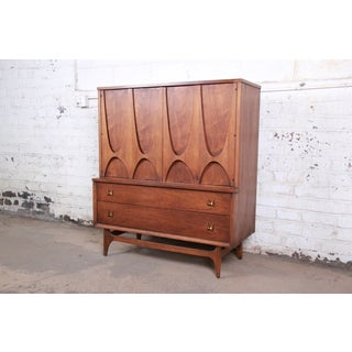 Broyhill Brasilia Mid-Century Modern Sculpted Walnut Gentleman's Chest Preview