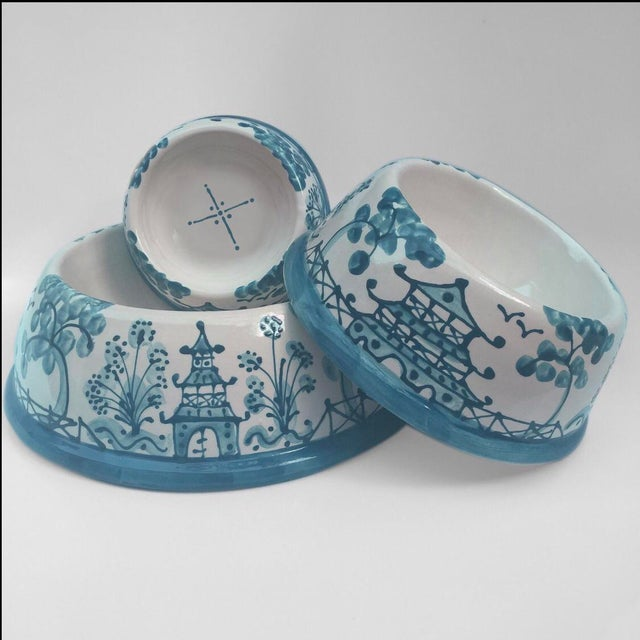 Caribbean Blue Chinoiserie Dog Bowl - Image 3 of 4