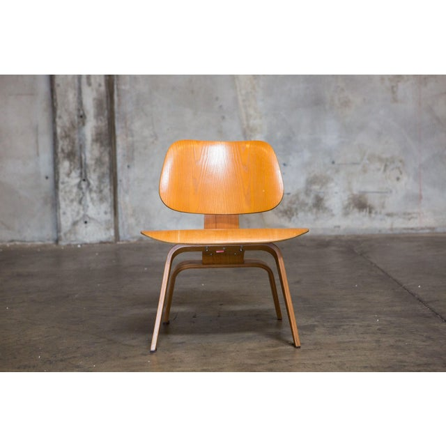 Eames Bentwood Low Chair - Image 4 of 6
