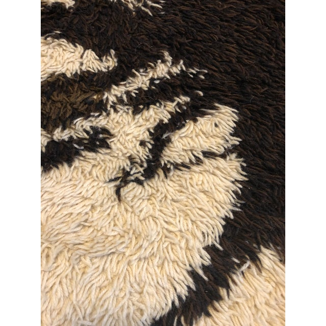 Ege Rya Mid Century Scandanavian Rya Rug- 4′6″ × 6′6″ For Sale - Image 4 of 9