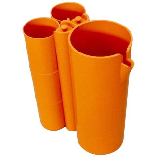 Op Pop Mod Orange Plastic Pitcher With Cups and Stirrers Cocktail Set - 9 Pc. Set For Sale