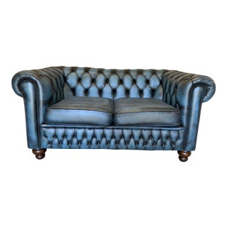 Vintage Mid-Century English Leather Chesterfield 2 Seat Sofa, Blue For Sale