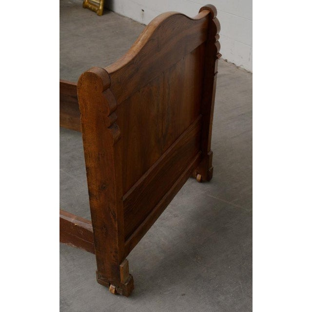 Early 19th Century French Provincial Walnut Daybed Frame For Sale - Image 10 of 12