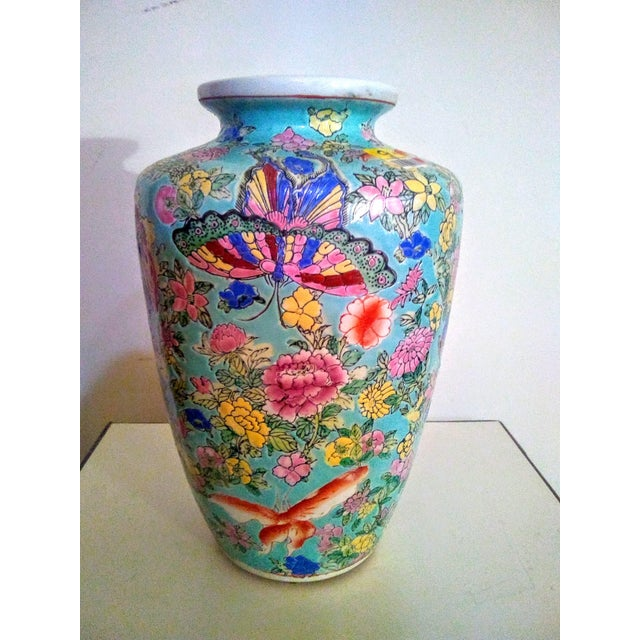 Ceramic 1920's Vintage Chinese Turquoise Famille Rose Vase For Sale - Image 7 of 7