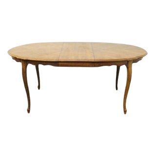 20th Century French Country Stanley Furniture Fleur De Bois Oval Dining Table For Sale