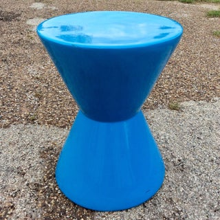 * Final Markdown * 20th Century Memphis Blue Molded Fiberglass Modernist Corseted Side Table Preview