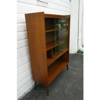Vintage Mid Century Modern Bookcase Preview