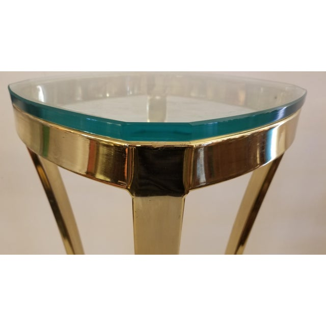 Elegant 1970s Solid Brass Art Pedestal / Column with thick glass top . Made in Canada. Perfect size to showcase your small...