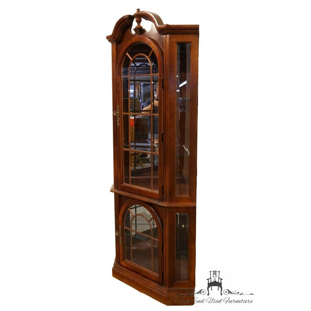 Chippendale Pulaski Furniture Cherry Illuminated Corner Display Curio Cabinet For Sale - Image 3 of 9