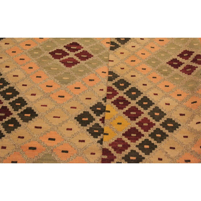 Raymon Gray/Black Hand-Woven Kilim Wool Rug -5'4 X 6'8 For Sale In New York - Image 6 of 8