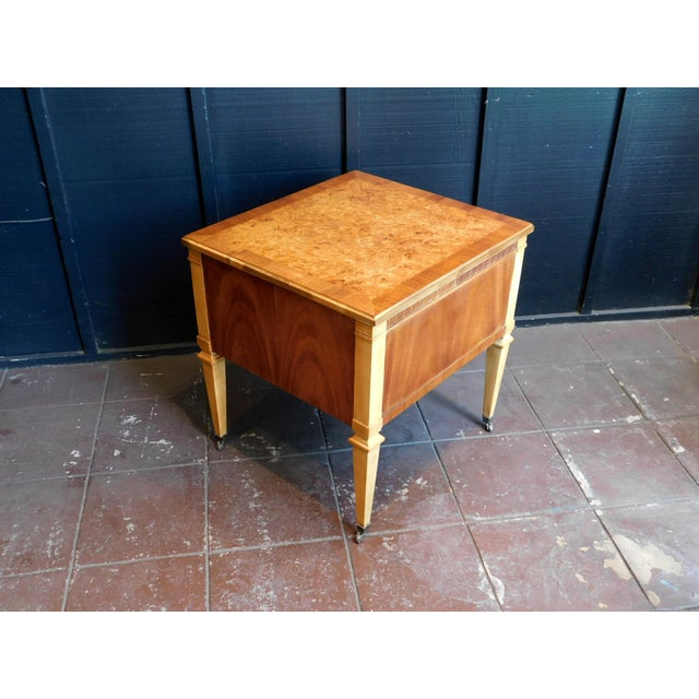 1960s 1960s Traditional Accent Table For Sale - Image 5 of 12