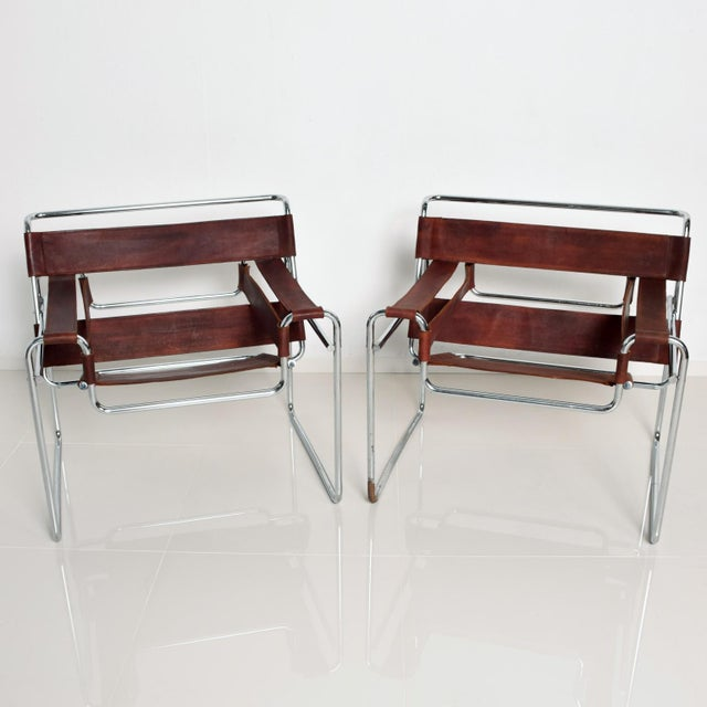 Mid-Century Modern Pair of Marcel Breuer Wassily Chairs for Gavina, Mid Century Modern Italy For Sale - Image 3 of 11