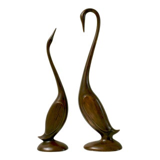 Ceramic Arnels Swan Figurines - a Pair For Sale