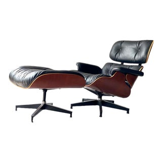 Modern Herman Miller Eames Lounge Chair and Ottoman For Sale