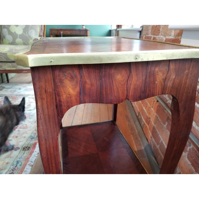 French Early 20th Century Jacques Bodart Inc. Satinwood Occasional Table From Waldorf Astoria For Sale - Image 3 of 12