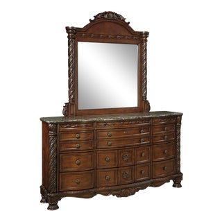 Traditional North Shore Chest of Drawers and Mirror Set For Sale
