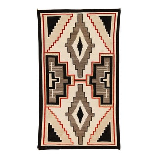 "Antique 1920s Navajo Wool Rug - 4'3"" X 7'2"" For Sale"