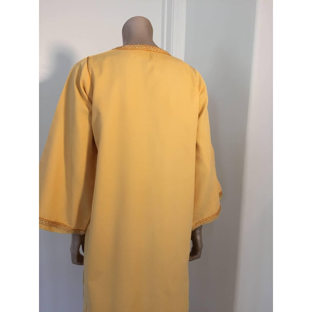 Moroccan Vintage Yellow Gold Caftan For Sale - Image 9 of 10