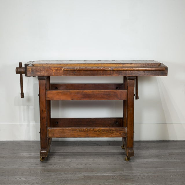 Early 20th Century Black Walnut and Douglas Fir American Carpenter's Workbench C.1900 For Sale - Image 5 of 11